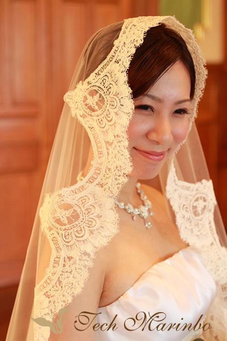 ウェディングドレス【美の祭典】マリアベールアップ.jpg